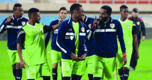 أبطال عمان في مواجهة الصعود أمام السعودية