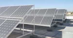 تبسيط الإجراءات لتركيب الألواح الشمسية والخاصة بالمنازل