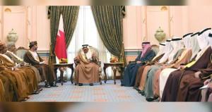 رئيس مجلس الوزراء بمملكة البحرين يستقبل رئيس مجلس الشورى