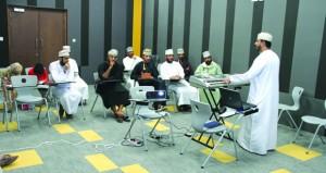 حلقة عمل تدريبية في فن الإنشاد بمركز نـزوى الثقافي