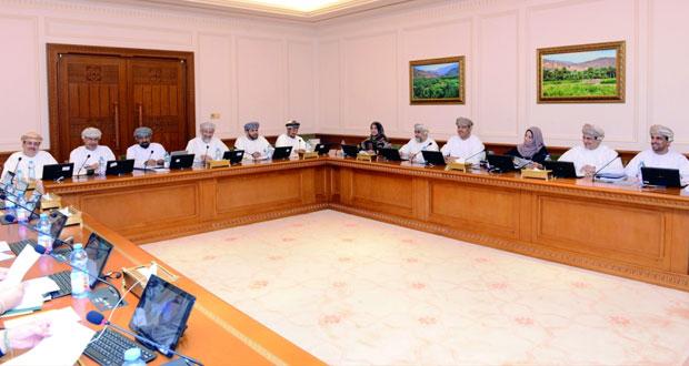 """اللجنة الاقتصادية الموسعة بمجلس الدولة تنهي مناقشة """"ميزانية 2018 """""""