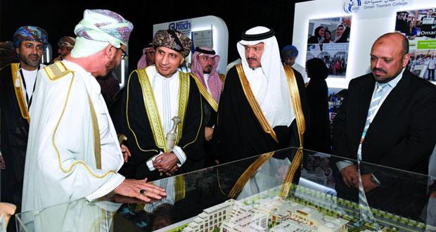 السلطنة فتحت أبوابها لكل المستثمرين وهناك الكثير من الدعم لمن يريد أن يستثمر في المجال السياحي