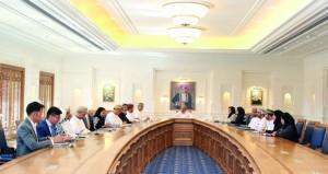 اللجنة الإشرافية لمختبر سـوق العمل والتشغيل تناقش تطور القوى العاملة في القطاعات الصناعية واللوجستية والسياحة