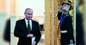 روسيا: بوتين يسجل رسميا ترشحه لـ(الرئاسية) .. واتهامات لواشنطن بالتدخل في سير الانتخابات