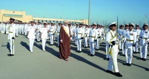 البحرية السلطانية العمانية تحتفل بيوم القوات المسلحة ويوم المتقاعدين وتخريج دورة الضباط التحويلية