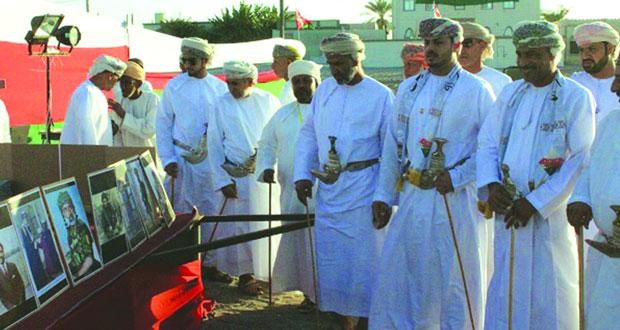 47 صورة لجلالة السلطان في احتفال قرية العويد وشرس آل بريك بالمصنعة