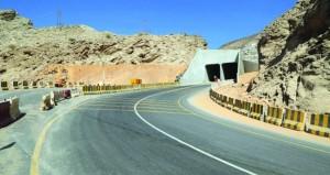 بلدية مسقط تستكمل تنفيذ مشاريع خدمية بمختلف ولايات المحافظة
