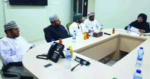 اللجنة الفرعية للأولمبياد الخاص بمحافظة ظفار تعقد اجتماعا لوضع اللمسات الأخيرة للاحتفال السنوي