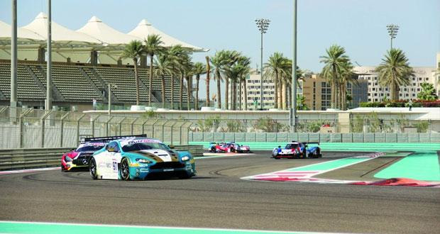فريق عمان لسباقات السيارات يتأهل أول في فئة برو ام والطموح في منصة التتويج