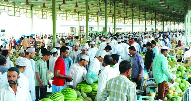 سوق الموالح المركزي للخضراوات والفواكه يضم 500 شركة و438 طاولة لبيع المنتج المحلي