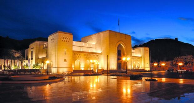 وفد من جمهورية كندا يزور المتحف الوطني