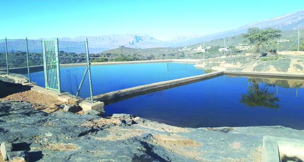 23 سد تخزيني بجبل شمس تستوعب 59,285 متر مكعب من مياه الأمطار