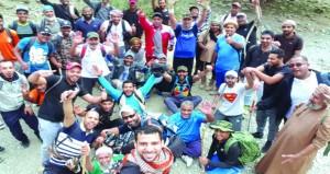 44 شخصا من أهالي دماء والطائيين يشاركون في مسير جبلي حتى العامرات