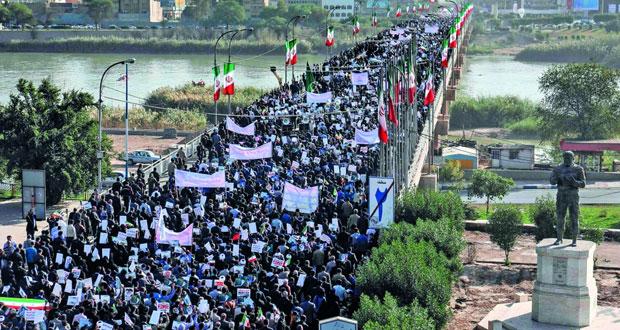 إيران : مسيرات تأييد للحكومة .. روحاني لماكرون: إيران ديمقراطية حرة