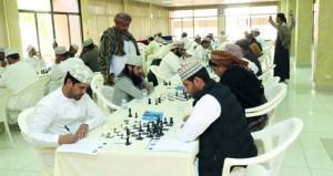 اللجنة العمانية للشطرنج تحتفل بتتويج الفائزين في بطولة المنتخب للشطرنج