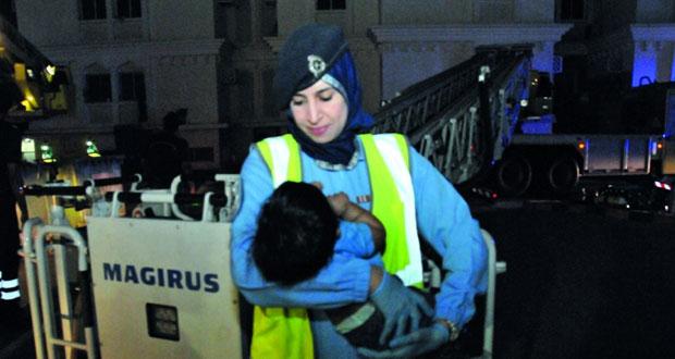 الدفاع المدني والاسعاف تتمكن من إنقاذ (9) أشخاص بحريق في الخوير