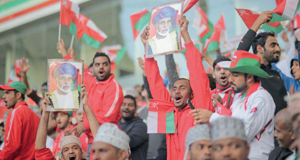 عمانتل تحلق بالجماهير لمؤازرة الأحمر في المباراة النهائية
