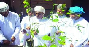 التنمية الزراعية بصور تنظم حلقة إرشادية حول التعريف بطرق إكثار الشتلات الزراعية