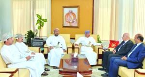 وزير الإعلام يستقبل رئيس مجلس الإدارة ورئيس تحرير وكالة أنباء الشرق الأوسط