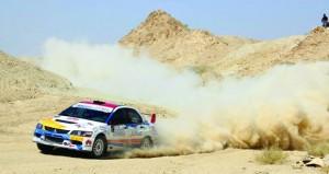 """في الجولة الثانية لرالي عمان .. العوفي يتوج باللقب والراشدي ثانيا والوائلي ثالثا فيما تتصدر فئة الـ """"تي 3″"""