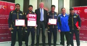 الخنبشي والشقصي والنزواني يجتازون دورة المحترفين الآسيوية لكرة القدم (البرو)
