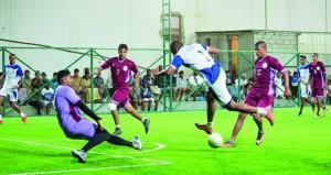 تأهل فريقي الوفاق ونجوم صباخ لنهائيات بطولة سداسيات القدم بولاية صور