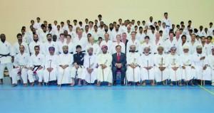 بمشاركة دولية واسعة الإثنين القادم انطلاق الدورة الدولية الثانية عشرة لأكاديمية الكاراتيه بالسلطنة بمجمع نـزوى الرياضي