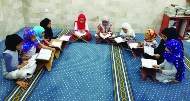 """إطلاق مبادرة """"كيف تعلمي الطلبة تدبر القرآن الكريم"""" بالرستاق"""