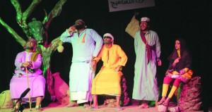 ختام مسابقة المسرح لمحافظتي الداخلية والوسطى ضمن مسابقة الأندية للإبداعات الشبابية