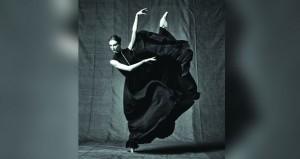 """رشاقة الباليه وسحر الكمان في رقصة ثنائيّة بـ""""دار الأوبرا السلطانيّة"""""""
