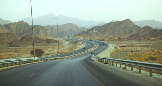 استكمالا لمنظومة الطرق بالسلطنة .. حارات إضافية لـ(الرسيل ـ نزوى) قريبا