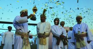 المسؤولون والمواطنون بجعلان بني بوعلي يعبرون عن فرحتهم بفوز الولاية بكأس جلالته لشهر البلديات الـ28