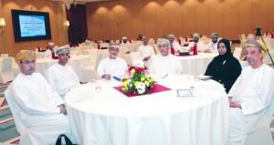 مناقشة تحديات القطاع الصناعي ومتطلبات المرحلة القادمة لتعزيز التنويع الاقتصادي