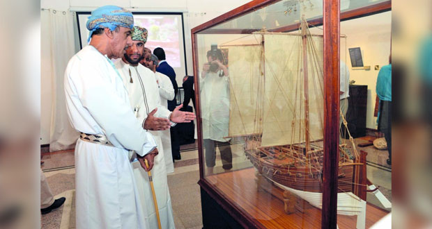"""معرض لـ """"نماذج سفن شراعيّة عمانيّة"""" في المركز العماني الفرنسي"""