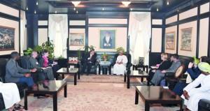 الرواس يستقبل رئيس المجلس الوطني للعلاقات العربية الأميركية بواشنطن