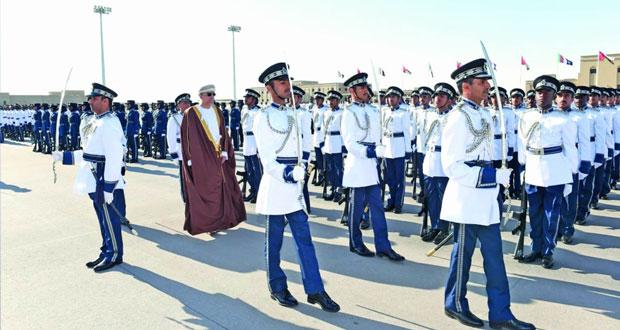 شرطة عمان السلطانية تحتفل بافتتاح قيادة شرطة محافظة الظاهرة وتخريج فصائل من الشرطة المستجدين