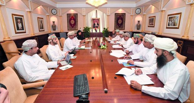 مناقشة دور جامعة السلطان قابوس في تحقيق أهداف التنمية المستدامة 2030