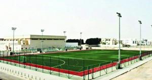 اليوم وزير الخدمة المدنية يرعى حفل افتتاح ملعب الهوكي بنادي السيب