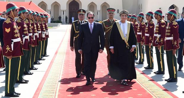 الرئيس المصري يختتم زيارته للسلطنة بعد تدشين مرحلة جديدة من التعاون الوثيق