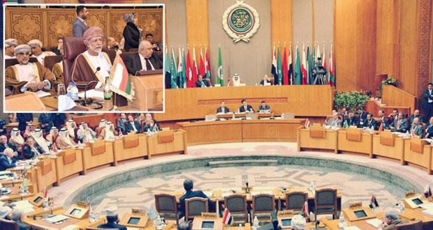بمشاركة السلطنة .. وزراء الخارجية العرب يبحثون أوضاع المنطقة