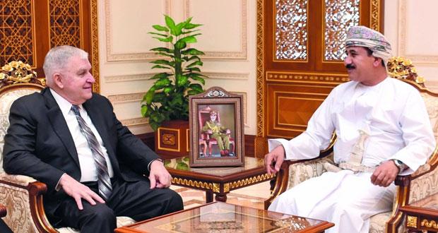 وزير المكتب السلطاني يستقبل المبعوث الأميركي ونائب مساعد وزير الخارجية الأميركي لشئون الشرق الأدني