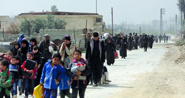 سوريا: خروج آلاف المدنيين من الغوطة .. ودخول قافلة مساعدات