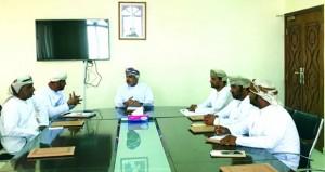 لجنة شؤون البلدية بالدقم تناقش إقامة مسلخ فـي منطقة ظهر