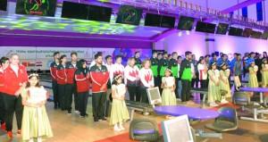 في افتتاح بهيج انطلاق البطولة العربية الثامنة لمنتخبات الرجال والرابعة لمنتخبات السيدات للبولينج بمسقط
