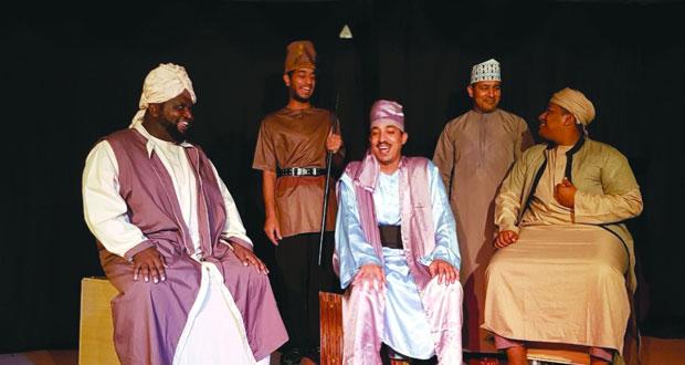 """""""حاشية الملك"""" في مشاركات متعددة لـ""""مسرح الطموح"""" بالمغرب"""