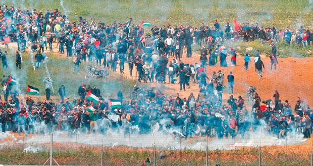 (يوم الأرض) : مئات الشهداء والجرحى برصاص الاحتلال في غزة والضفة