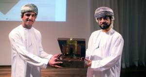 الثقافة الإسلامية والخليل للأدب والمسرح والعلوم على منصة تتويج مسابقة بيت الزبير للجماعات الطلابية