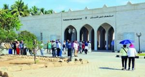 أكثر من 11 ألف زائر لمواقع أرض اللبان بظفار فبراير الماضي