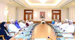 مكتب مجلس الدولة يناقش تطوير آليات الممارسة التشريعية والرقابية