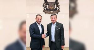 بحث تعزيز العلاقات الثنائية بين السلطنة وسنغافورة